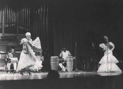 Grupo Folklórico Cubano. Fiesta Cubana