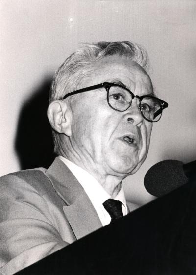 Edward Lewis. Homenaje a Antonio García Bellido