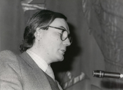 Francisco Calvo Serraller. Conferencia inaugural de la Exposición VII exposición de becarios de artes plásticas