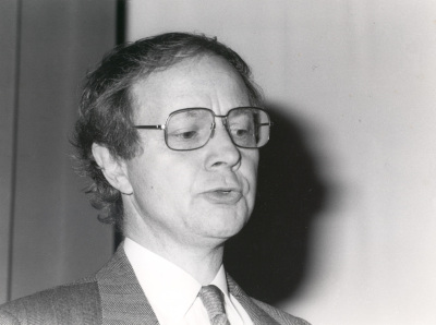 Werner Spies. Conferencia inaugural de la Exposición Max Ernst