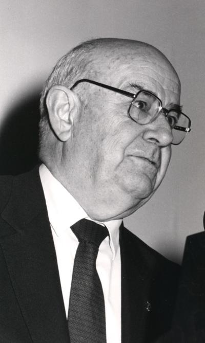 Julián Gállego. Exposición René Magritte