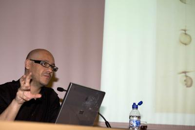 Valentín Roma. Conferencia inaugural de la Exposición Joan Hernández Pijuan La distancia del dibujo