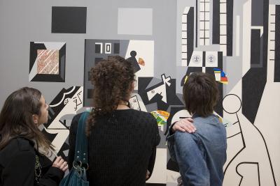 Vista parcial. Exposición Equipo Crónica: Crónicas reales