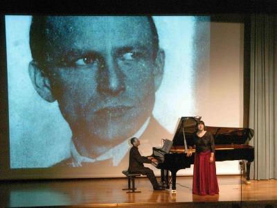 Nuria Orbea y Moisés Fernández Vía. Exposición Otto Dix