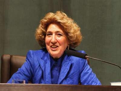 Carmen Iglesias en diálogo con Manuel Ventero