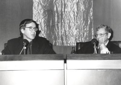 Rafael Argullol Murgadas y José María Valverde. Conferencia sobre Sabiduría de la ilusión - El pensamiento, hoy