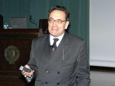 Felipe Fernández-Armesto. Conferencia sobre Problemas y entorno físico - Historia de las Américas
