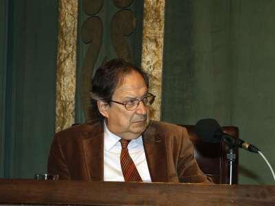 José Carlos Mainer. Mesa redonda con la intervención de José-Carlos Mainer, Santos Juliá y José María Ridao - Manuel Azaña: literatura, ensauo, política