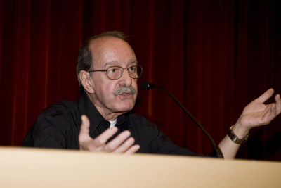 Claudio Cifuentes. Conferencia sobre La contracultura: una utopía existencial - Berkeley-París: cuarenta años de contracultura