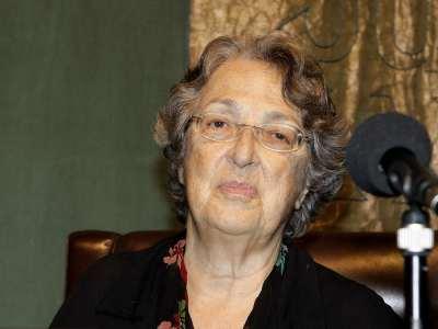 Esther Tusquets. ConferenciaConferencia sobre Las razones del autobiógrafo - Las máscaras de un género. Literatura y autobiografía en la España contemporánea