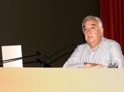 Miquel Seguí en el curso sobre Fotografía. Documentalismo y fotografía