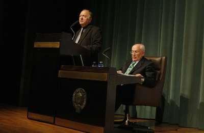 Ricardo García Cárcel y Manuel Álvarez-Valdés. Conferencia sobre Jovellanos: Vida, pensamiento, mensaje - Jovellanos: Vida, pensamiento, mensaje