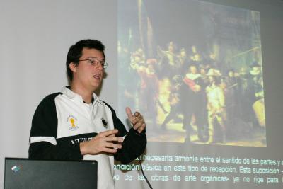 Javier Fuentes en el curso sobre Collage