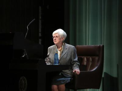 Carmen Vaquero. En conferencia sobre Garcilaso: nueva biografía amorosa - Garcilaso de la Vega: su vida, su obra, su tiempo