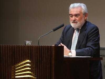 Darío Villanueva. En conferencia sobre Valle-Inclán entre los dos Modernismos - Valle-Inclán: su vida, su obra, su tiempo