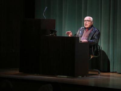 Román Gubern. En conferencia sobre Art déco en el cine - Universo déco
