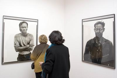Vista parcial de la exposición Rostros y máscaras Fotografías de la Colección Ordóñez-Falcón