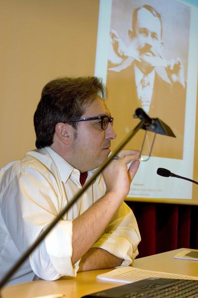 Alberto Ruiz de Samaniego en el curso sobre Autorretrato