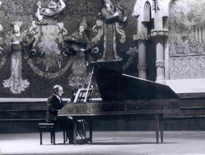 Ciclo de Música Barroca Italiana en género instrumental. Rafael Puyana, piano