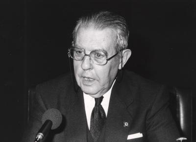 Antonio Truyol Serra. Conferencia sobre La Europa de Yalta - El fin de Yalta
