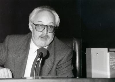 Antonio Gallego Gallego. Conferencia sobre La España de Manuel de Falla - En torno a la Exposición Picasso: El sombrero de tres picos