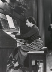 Montserrat Torrent. Ciclo de conciertos de Música española para órgano , 1976
