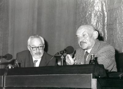 Antonio Gallego Gallego y José Hierro. Conferencia sobre Experiencia de sombra y música - Poesía y música