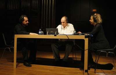 Eduardo Ponce, Juan Manuel Viana Ollorqui y Heidi Sophia Hase. Entrevista de RNE