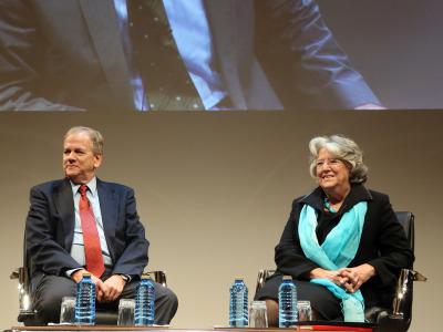 David Reher y María-Ángeles Durán. En conferencia sobre Envejecimiento