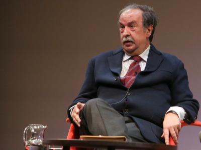 Andrés de Blas. En conferencia sobre Independentismos