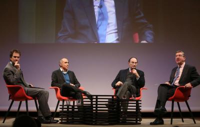 Íñigo Alfonso, Juan Díez Medrano, Emilio Lamo de Espinosa y Antonio San José. En conferencia sobre Globalización