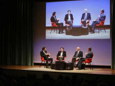 Íñigo Alfonso, José Ramón Arribas, Luis Enjuanes y Antonio San José. En conferencia sobre Virus del nuevo milenio