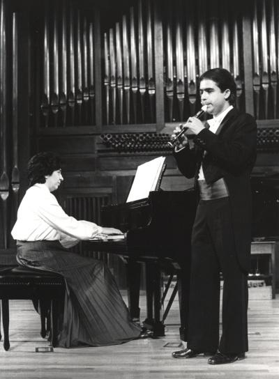 Antonio Arias Gago Gago y Ana María Gorostiaga. Recitales para Jóvenes