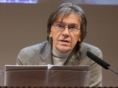 Josep María Flotats. En conferencia sobre Selección de poemas presentados por Mauro Armiño y lectura dramatizada por Josep Maria Flotats - Rimbaud y Verlaine