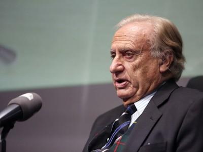 Jorge de Esteban. En Memorias de la Fundación