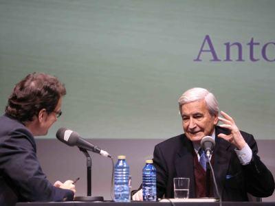 Íñigo Alfonso y Antonio Bonet Correa en Memorias de la Fundación