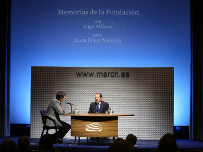 Íñigo Alfonso y Juan Díez Nicolás en Memorias de la Fundación