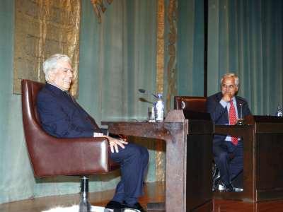 Mario Vargas Llosa y Juan Cruz