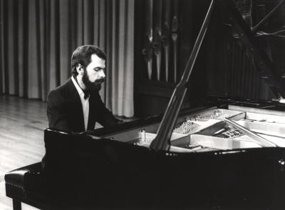 Josep Colom. Recital de violonchelo y piano
