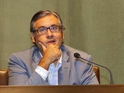Juan Manuel de Prada. Conferencia sobre Máscaras y héroes: el escritor ante sus personajes