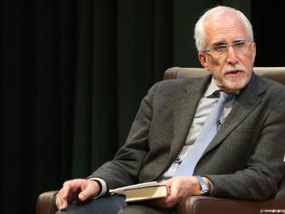 Luis Mateo Díez. En conferencia sobre Manuel Longares en diálogo con Luis Mateo Díez