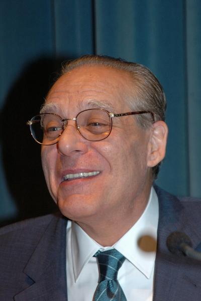Guillermo Carnero. Una poética innecesaria