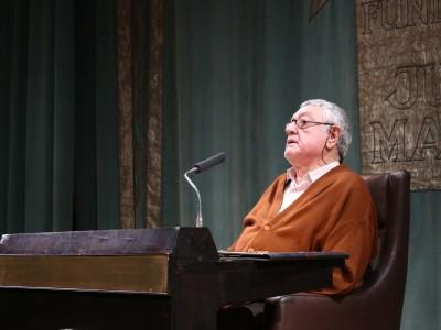 Antonio Martínez Sarrión. Poesía hoy: libertad y responsabilidad