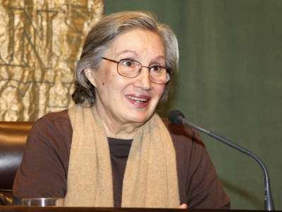 Ana Diosdado. Conferencia sobre Tambores lejanos