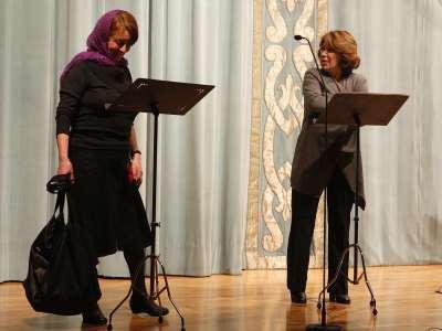 Gloria Muñoz y María José Goyanes. Lectura dramatizada