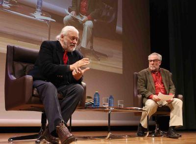 Mario Gas y Luciano García Lorenzo. En conferencia sobre Mario Gas en diálogo con Luciano García Lorenzo y lectura dramatizada