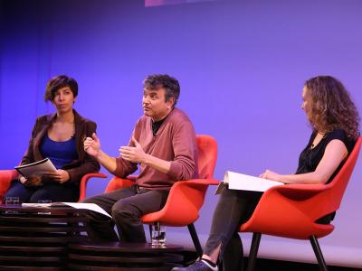 Karina Garantivá, Ernesto Caballero y Marta Betriu. En conferencia sobre Mi theatrum mundi - Ernesto Caballero