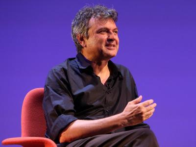 Ernesto Caballero. En conferencia sobre Diálogo con Luciano García Lorenzo y lectura dramatizada de obras de Ernesto Caballero