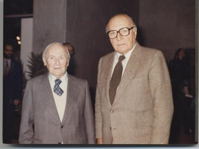 Joan Miró y Pierre Matisse. Exposición Henri Matisse Óleos, dibujos, gouaches découpées, esculturas y libros