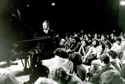 Juan Antonio Álvarez Parejo, al piano. Concierto Sonatas para violín y piano de Mozart